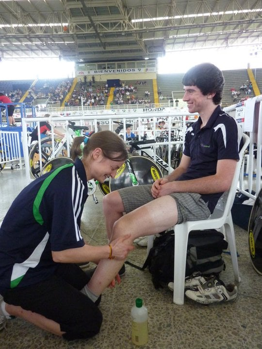 Knee Pain Physio PreRace Prep with Felix English
